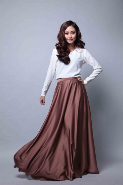 Satin Flare Skirt Brown