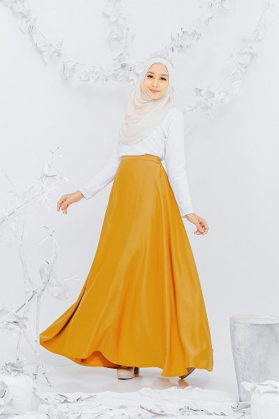 Satin Flare Skirt Gold