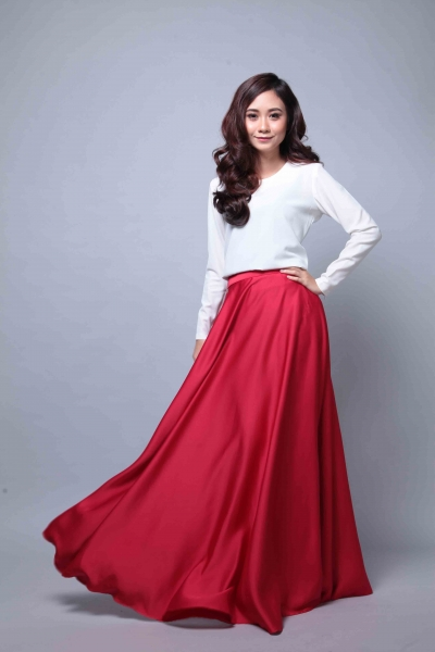 Satin Flare Skirt Red